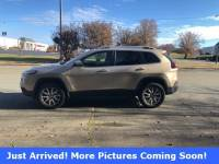 Pre-Owned 2014 Jeep Cherokee Limited 4x4 SUV