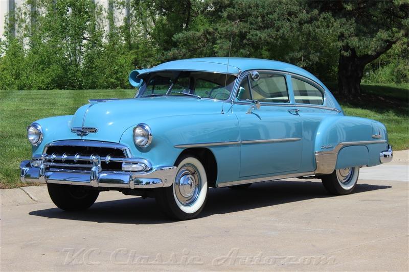 Photo 1952 Chevrolet Fleetline Deluxe Automatic, Air Conditioner
