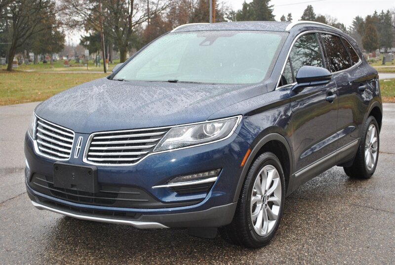 Photo 2016 Lincoln MKC Select for sale in Flushing MI