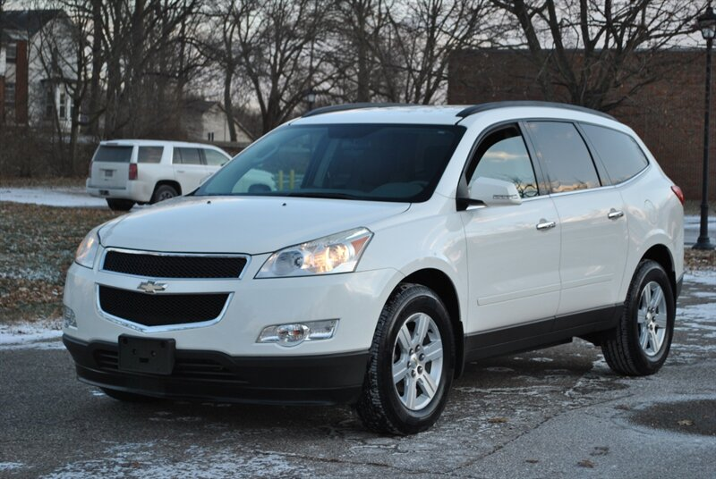 Photo 2011 Chevrolet Traverse LT AWD for sale in Flushing MI
