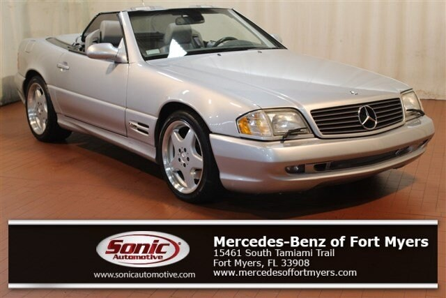 Photo Pre-Owned 2000 Mercedes-Benz SL-Class 2dr Roadster 5.0L in Fort Myers