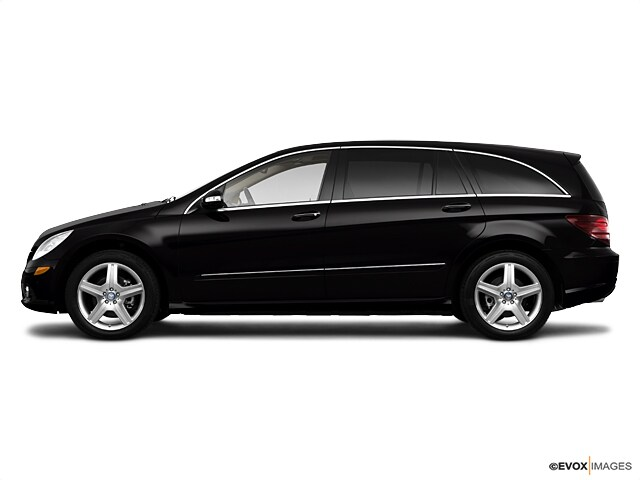 Photo Used 2010 Mercedes-Benz R-Class SUV For Sale in Myrtle Beach, South Carolina