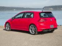 2017 Volkswagen Golf R 4-Door w/DCC & Navigation (M6)
