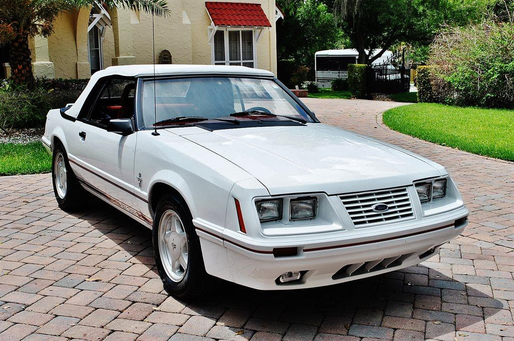 Photo 1984 Ford Mustang GT 350