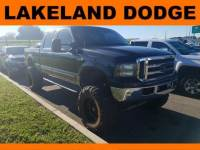 Pre-Owned 2002 Ford Super Duty F-250 Lariat