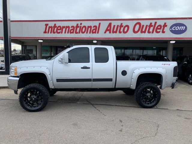 Photo 2012 Chevrolet Silverado 1500 2dr Extended Cab LS 4X4 for sale in Cincinnati OH