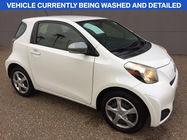 Photo 2014 Scion iQ Hatchback