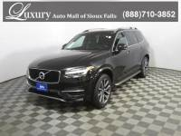 Pre-Owned 2018 Volvo XC90 T6 AWD Momentum (7 Passenger) SUV for Sale in Sioux Falls near Brookings
