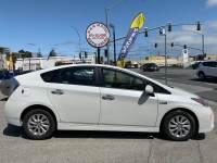2013 Toyota Prius Plug-in Hybrid 4dr Hatchback