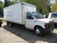 2012 Ford E-Series Chassis E-350 SD 2dr Commercial/Cutaway/Chassis 138-176 in. WB