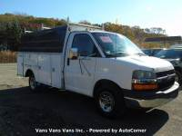 2004 Chevrolet Express Cutaway 3500 2dr Commercial/Cutaway/Chassis 139-177 in. WB