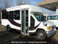2006 Ford E-Series Chassis E-450 SD 2dr Commercial/Cutaway/Chassis 158-176 in. WB