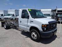 2012 Ford E-Series Chassis E-450 SD 2dr Commercial/Cutaway/Chassis 158-176 in. WB