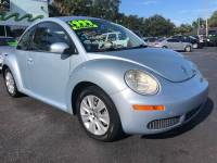 2009 Volkswagen New Beetle 2dr Coupe 6A