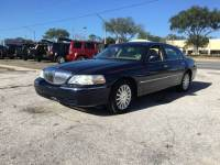 2004 Lincoln Town Car Executive 4dr Sedan