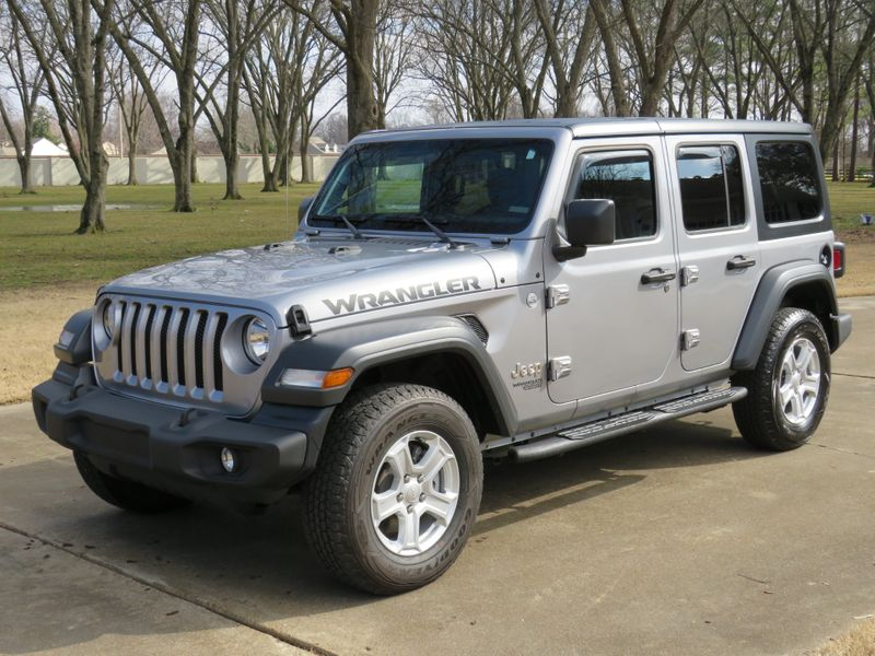 Photo Used 2018 Jeep All-New Wrangler Unlimited Sport S