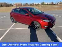 Pre-Owned 2017 Ford Focus SEL Hatchback