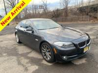2013 BMW 5 Series 4dr Sdn 528i xDrive AWD Sedan