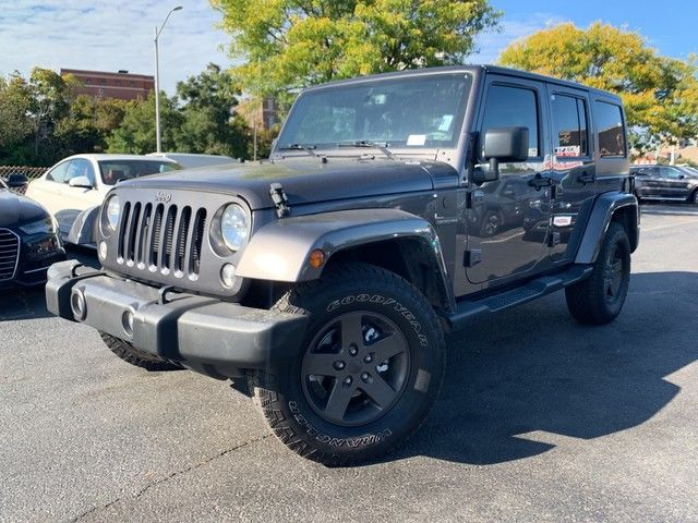 Photo 2016 Jeep Wrangler Unlimited Black Bear
