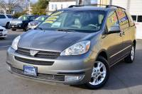 2004 Toyota Sienna XLE Limited 7-Passenger 4dr Mini-Van