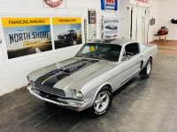1965 Ford Mustang - FASTBACK - 302 ENGINE - SOLID FLOORS