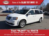 Used 2019 Dodge Grand Caravan SXT Minivan