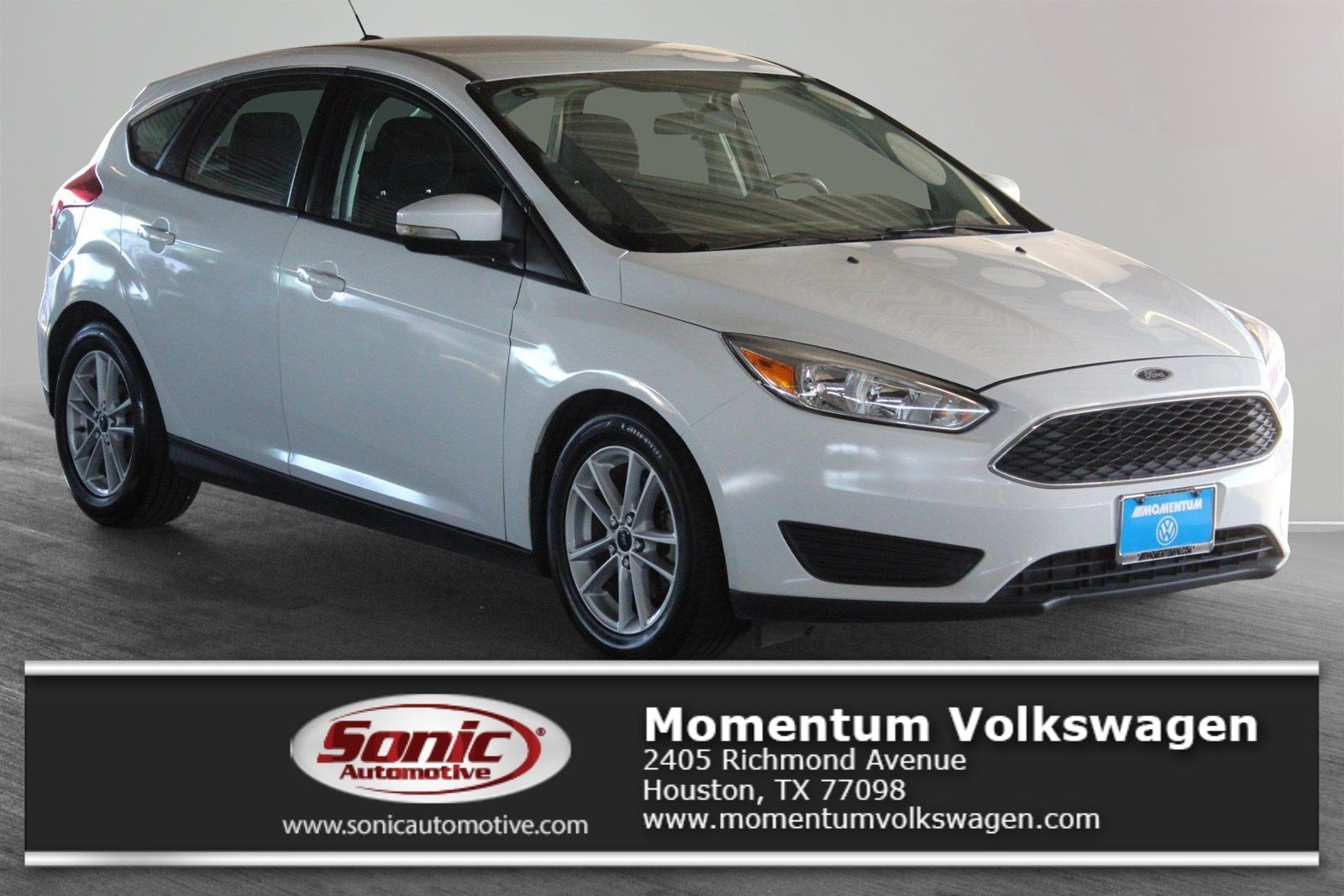 Photo Used 2017 Ford Focus SE Hatchback in Houston