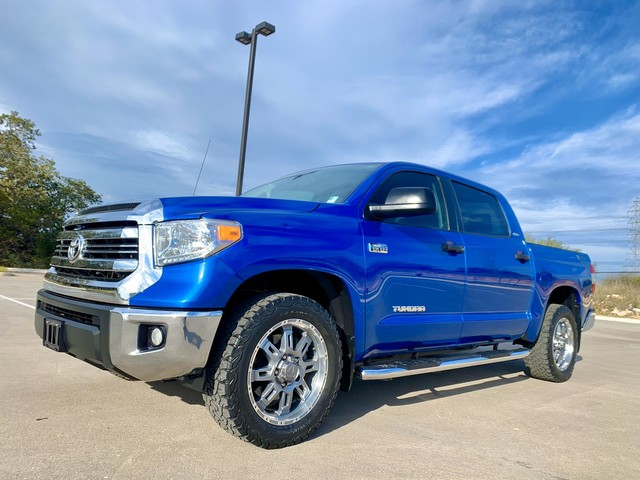 Photo 2017 Toyota Tundra TSS 2WD CrewMax 5.7L iForce wNav