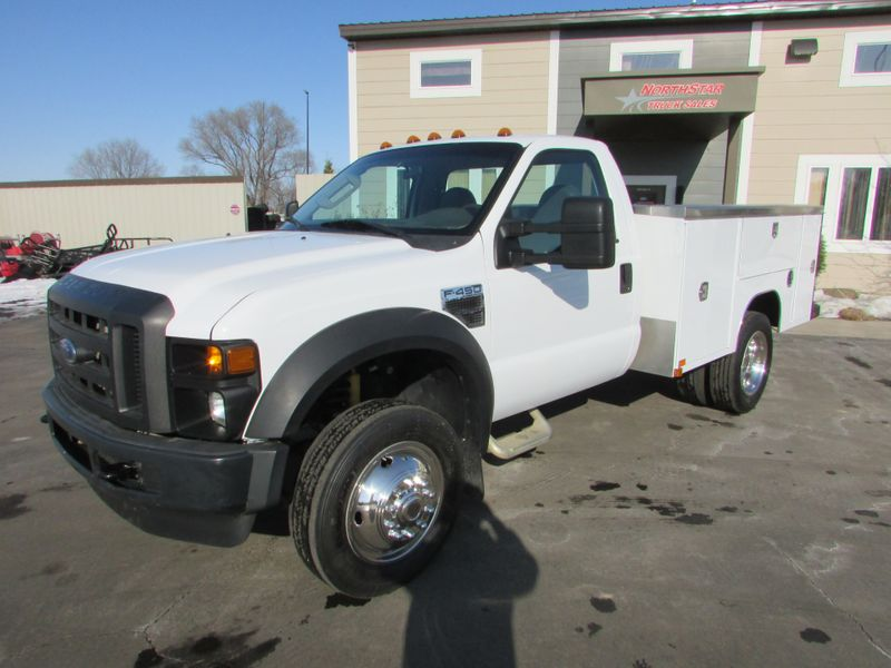 Photo Used 2009 Ford F-450 Service Utility Truck