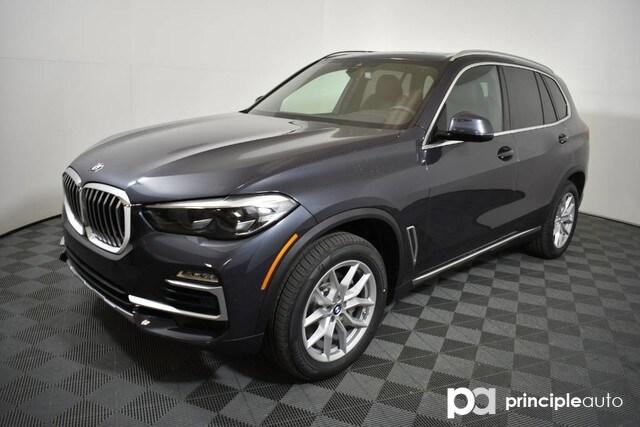 Photo 2020 BMW X5 sDrive40i SAV in San Antonio