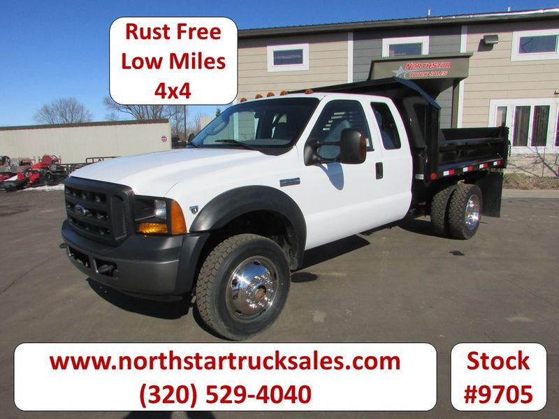 Photo Used 2006 Ford F-550 4x4 Ext-Cab Contractor Dump Truck