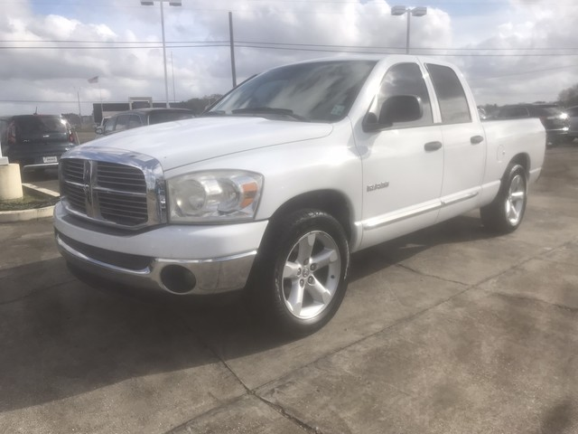 Photo 2008 Dodge Ram 1500 Quad Cab SLT Big Horn