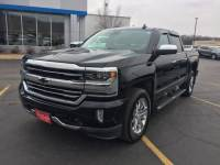 Pre-Owned 2017 Chevrolet Silverado 1500 Crew Cab Short Box 4-Wheel Drive High Country