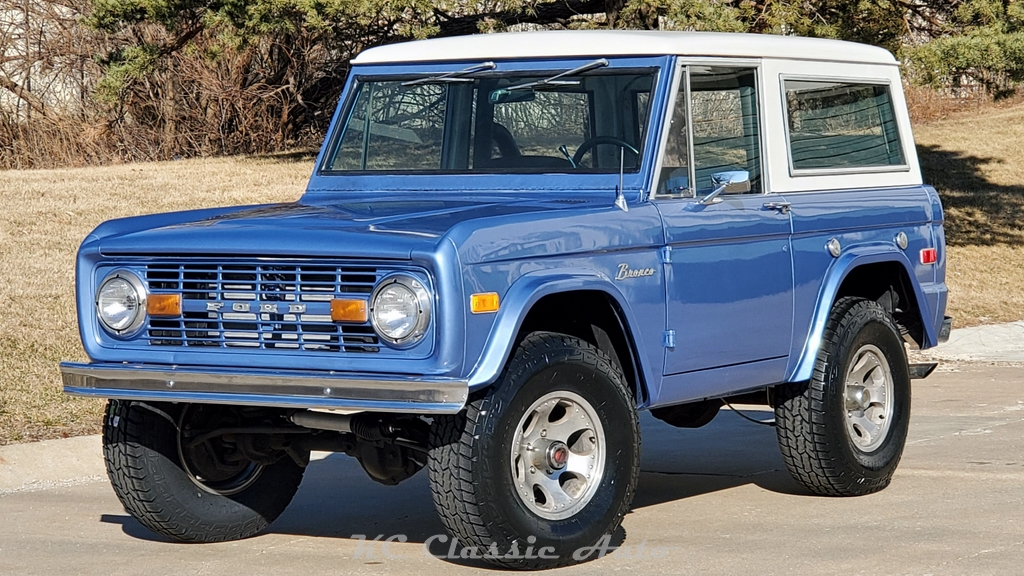 Photo 1976 Ford Bronco Classic Bronco in Great Shape Automatic