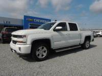 Pre-Owned 2017 Chevrolet Silverado 1500 Crew Cab Short Box 4-Wheel Drive LT Z71 VIN 3GCUKREC8HG186851 Stock Number 26127A