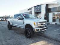 Pre-Owned 2017 Ford Super Duty F-250 SRW Lariat Fx-4