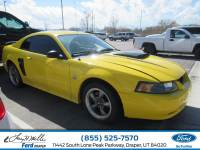 2004 Ford Mustang GT Coupe V-8 cyl
