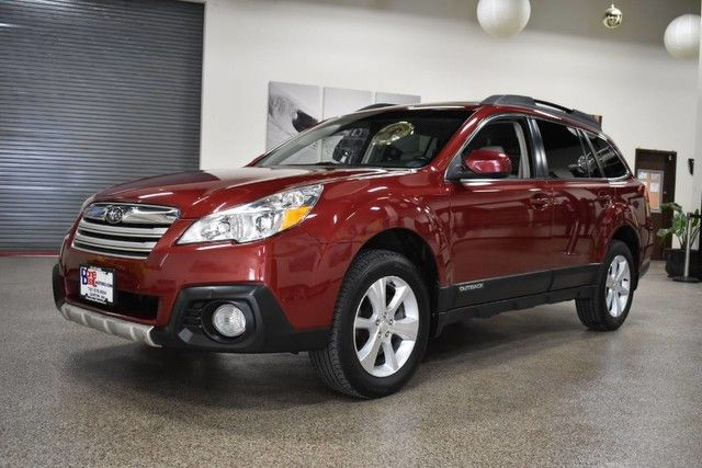 Photo 2014 Subaru Outback 3.6R Limited