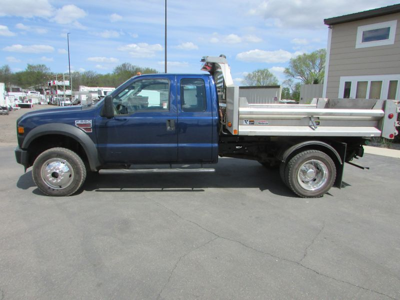 Photo Used 2008 Ford F-550 4x4 Ext-Cab Dump Truck