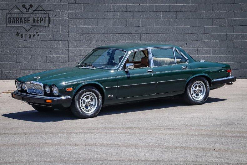 Photo 1987 Jaguar XJ6 Sedan