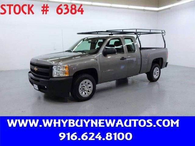 Photo 2012 Chevrolet Silverado 1500  Extended Cab  Only 31K Miles