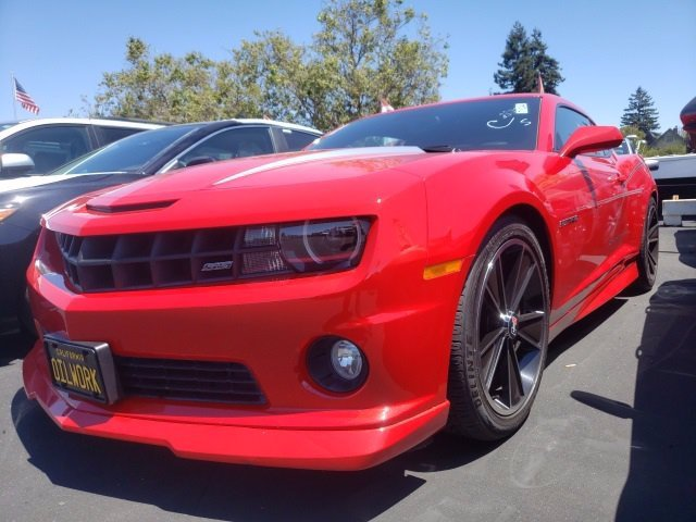 Photo 2010 Chevrolet Camaro 2SS Coupe XSE serving Oakland, CA