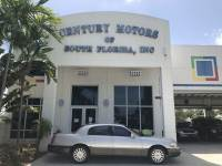 2005 Lincoln Town Car Signature Low Miles Florida
