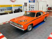 1972 Plymouth Duster 4 Speed -