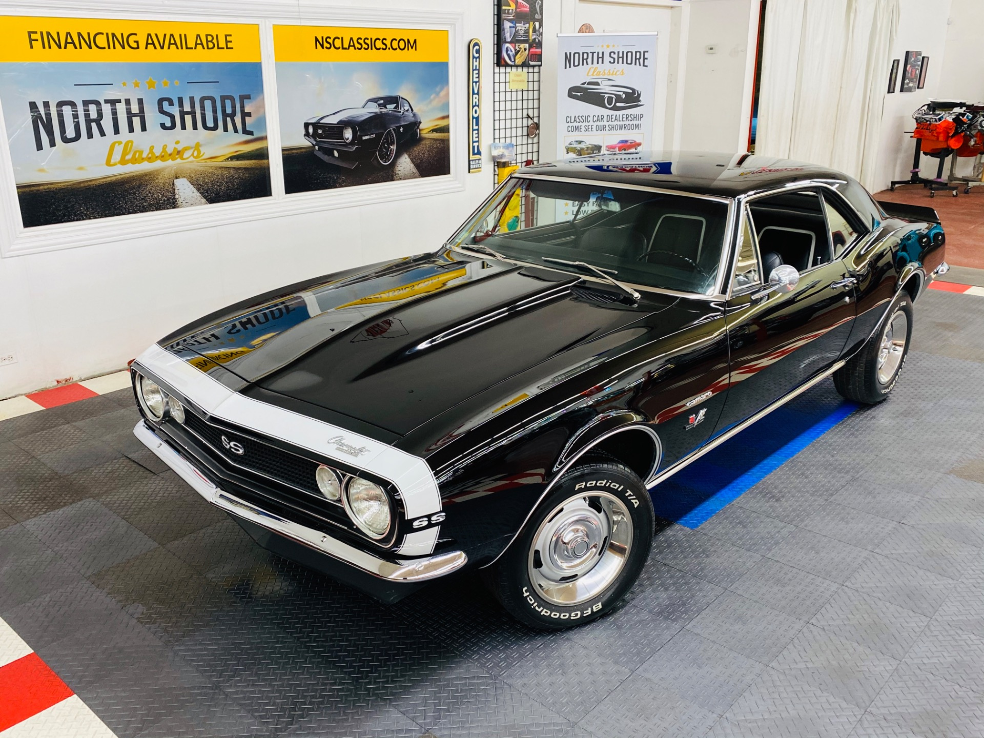 Photo 1967 Chevrolet Camaro - SUPER SPORT STYLING - 396 BIG BLOCK - 4 SPEED TRANS - SEE VIDEO