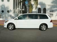 2010 Volkswagen Routan SE Minivan/Van In Kissimmee | Orlando