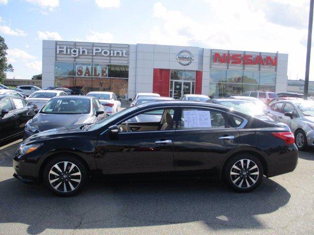 Photo Used 2017 Nissan Altima 2.5 SL Sedan For Sale in High-Point, NC near Greensboro and Winston Salem, NC