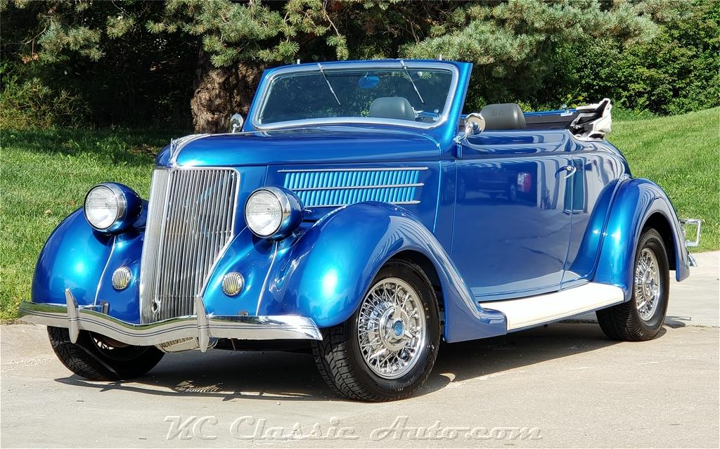 Photo 1936 Ford Club Cabriolet Custom with a 273V8 and Automatic