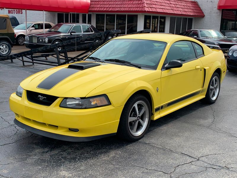 Photo Used 2003 Ford Mustang Premium Mach 1