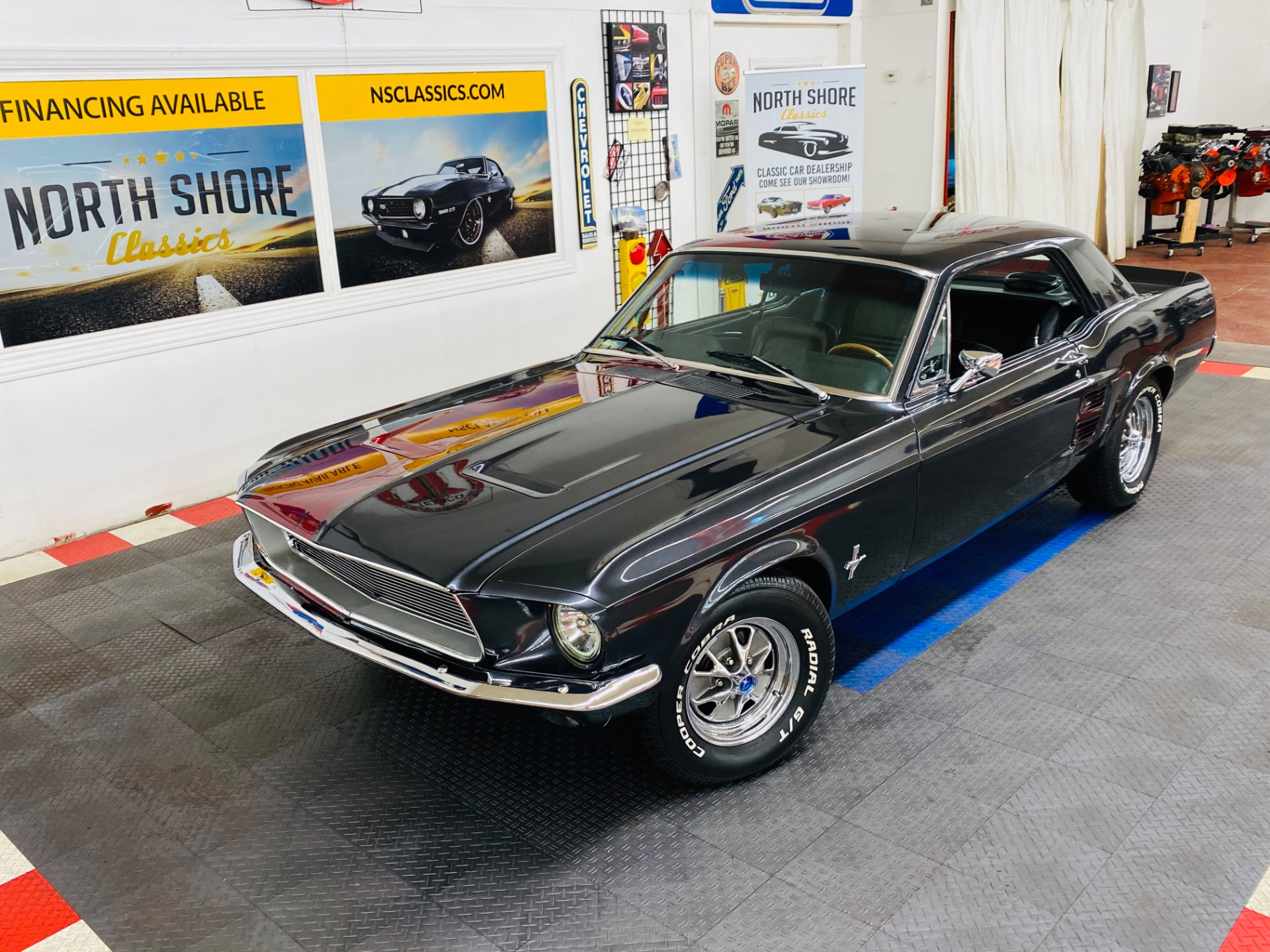 Photo 1967 Ford Mustang - C CODE COUPE - RESTO MOD - CUSTOM PAINT - SEE VIDEO